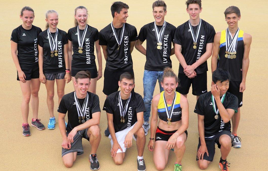 11 Titel – 24 Medaillen und unzählige PBs mit Top-Resultaten und SM-Limiten