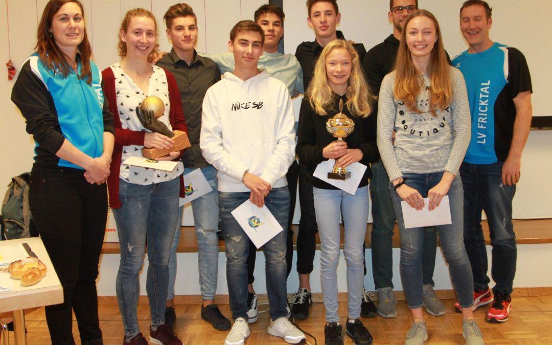 GV 2017: LENA wiederum Athletin des Jahres! FABIENNE Nachwuchsathletin