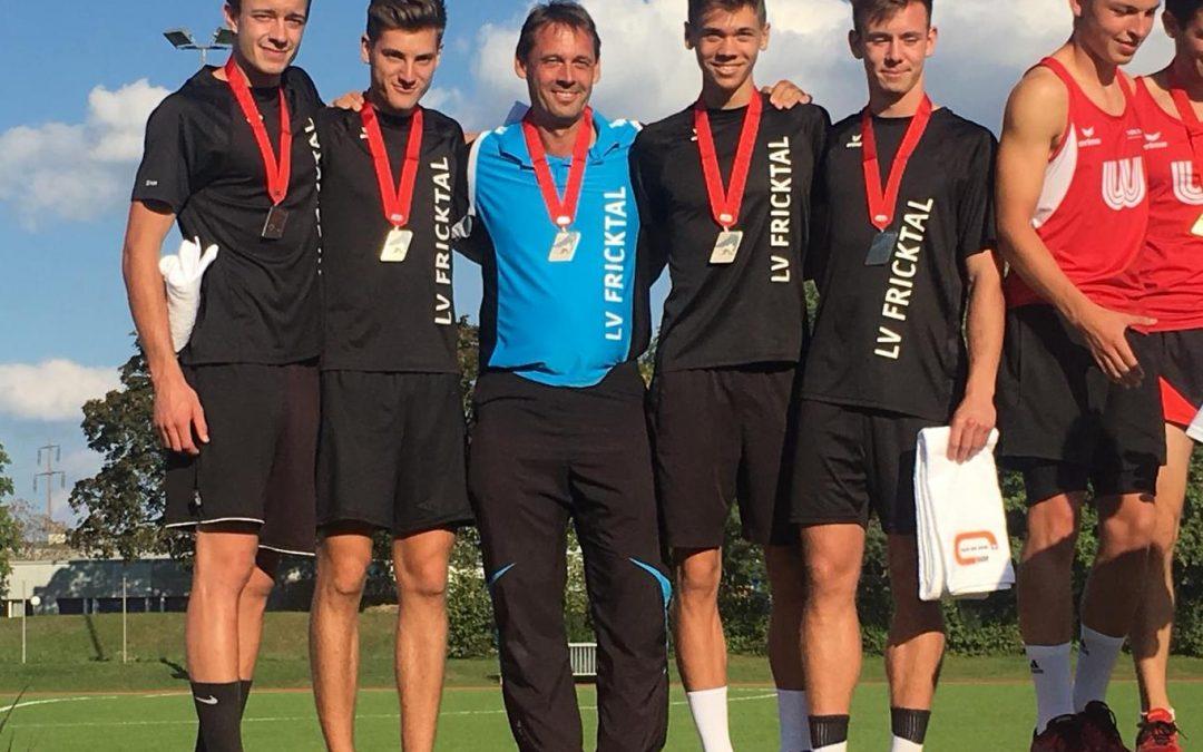 Team-SM: Silber für die Jungs der Flying-LV! Vierter Platz für die Weitspringerinnen